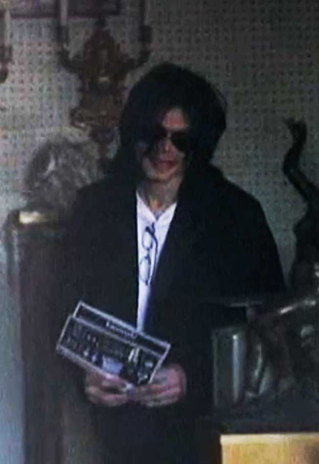 Never Seen Before Pics Michael Jackson Shopping On