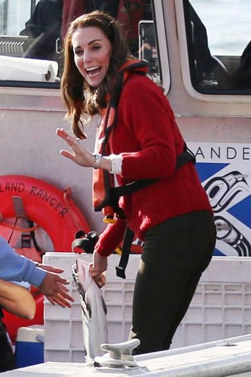 Kate Middleton Fishing Red Sweater Really Wild Canada