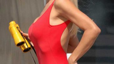 Michelle Hunziker Swimsuit Baywatch Filming Cleavage