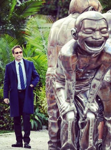 Fox Mulder David Duchovny The X Files Season 11 Filming DavieSt Amazing Statues Vancouver