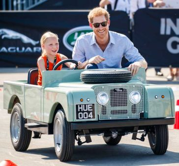 Prince Harry Drives Five Year Old Daimy Gommers Daughter Dutch Invictus Games Toronto 2017 Competitor Paul Gommers Jaguar Land Rover Driving Challenge