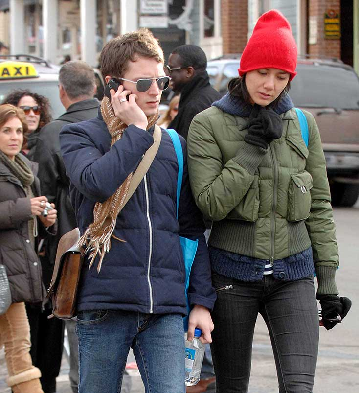 VIDEO: Elijah Wood Gets Mobbed With Girlfriend at Sundance ...