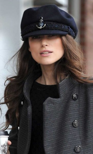 660b801d4cb Keira Knightley Almost Can t See Out Of Her Chanel Sailor Cap! ⚓️